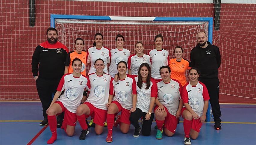 Las jugadoras del Equipo Senior del Alboraya Fútbol Sala con sus nuevas camisetas patrocinadas por ALG