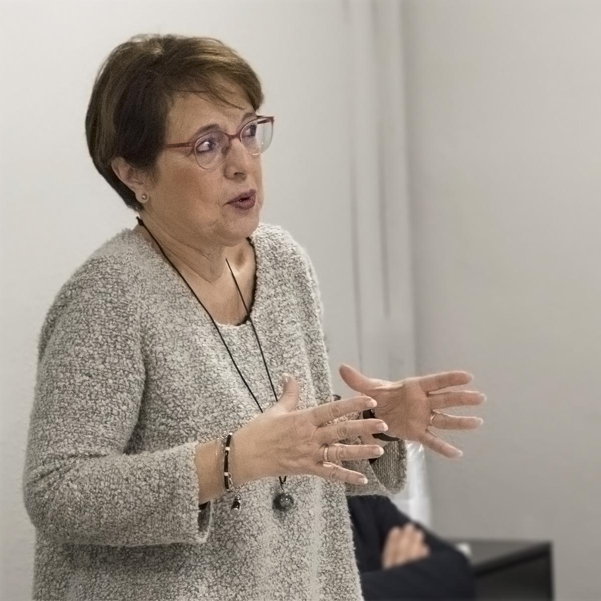 Elena Diego, Directora Financiera de ALG, durante su discurso